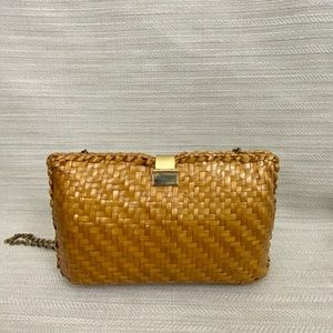 Brown wicker crossbody bag with chains vintage